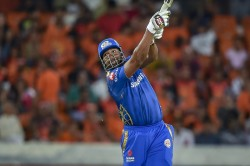 Ipl 2019 Kieron Pollard Shows The Muscle Game After Hitting One Handed Six Video
