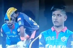 Ipl 2019 Bcci Clears Air Over Pant Stump Mic Chatter In Kkr Dc Match
