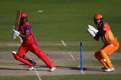 In A T20 Match Shivnarine Chanderpaul Smashes 210 Runs