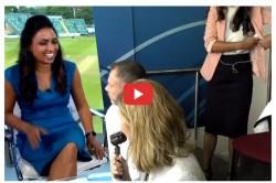 Women S Ashes 2019 Isa Guha Caught Using Deodorant On Live Tv Video