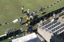 Indvswi Viv Richards S Health Deteriorated Falls Sick During Live Show Of Second Test