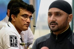 Rahul Dravid Also Gets Conflict Notice Sourav Ganguly Harbhajan Singh Slams Bcci Over It