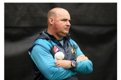 Pcb Decide Not To Renew Contracts Of Head Coach Mickey Arthur And Other Coaching Staff