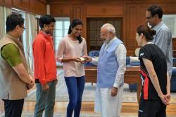 Pm Narendra Modi Honored And Congratulates Pv Sindhu Watch