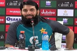 Journalist Asked Such A Question On Kashmir Misbah Said Now Talk About Cricket