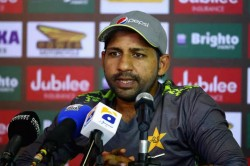 Sarfaraz Ahmed Special Appeal From Audience Before Match