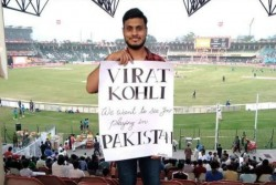 Virat Kohli Pakistani Fan Wins Hearts In Lahore Invite To Play Cricket In Pakistan