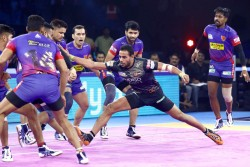Pro Kabaddi League 2019 Season 7 Dabang Delhi Finishes On Top With Thrilling Tie Against U Mumba
