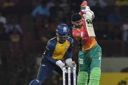 Shoaib Malik Joins Chris Gayle Brendon Mccullum In Elite List Completes 9000 T20 Runs