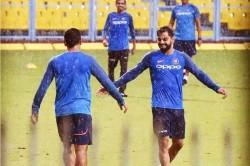 Is Ms Dhoni Coming Back To Team India Virat Kohli Recent Picture Creates Suspense