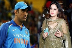 Ms Dhoni Told What Is The Perfact Age Of Love Also Speak About Wife Sakshi