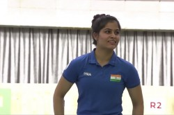 Issf World Cup Final Manu Bhaker Won Gold In Women S 10m Air Pistol Set New Junior World Record