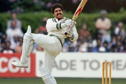 Ranveer Singh Shares Kapil Dev Famous Natraj Shot First Look Of 83 Movie