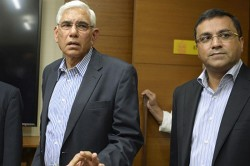 Anirudh Chaudhary Besieged Vinod Rai Saying Due To These The Board Suffered A Lot