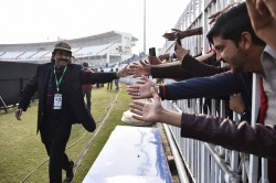Javed Miandad Accused Kohli Wore Army Cap For Political Motive
