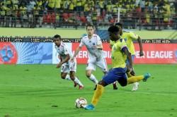 Isl 6 Kerala Blasters Played 1 1 Draw From Northeast United Fc