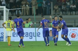 Indian Super League Mumbai Ct Fc And Kerala Blasters Play Exciting Draws