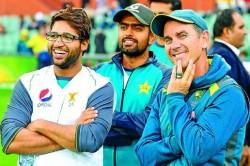 Inzamam Ul Haq Says Pakistan Team Has Rift Please Sort It Out
