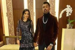 Hardik Pandya Share A Photo With Natasha Stanovich On New Year