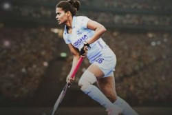 Indian Women Hockey Player Defender Sunita Lakda Announce Retirement Due To Knee Injury