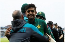 After T20i Babar Azam Is All Set To Replace Sarfaraz Ahmed As A Captain In Odi Too