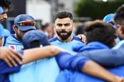 India Vs New Zealand 1st Odi Hamilton Fans Slams Virat Kohli And Bcci Over Manish Pandey Exclusion