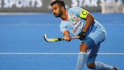 Indian Captain Manpreet Singh Receives Best Hockey Player Of The Year Award 2019 By Fih