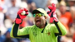 Pakistan Super League 2020 After Suspension Pcb Asks Umar Akmal To Return Payment