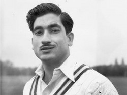 Pakistan First Test Team Player Waqar Hasan Passes Away At The Age Of 87 See Stats And Records