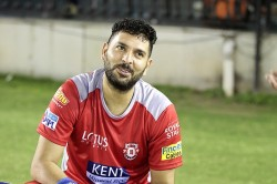 Yuvraj Singh Said I Will Not Be Able To Play If Brett Lee Was Throw 150 Km Speed