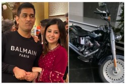 Ms Dhoni Wrong Placed Bike Is In Front Of Wife Sakshi Dhoni Car See What Happened Next Video