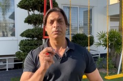 Shoaib Akhtar Angry On Pakistani Peoples Want Lockdown In Country
