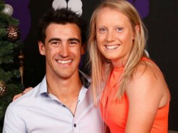 South Africa Vs Australia Mitchell Starc Left Sa Series To Watch Wife World Cup Final Match