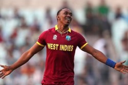 Dwayne Bravo Sings A Song On The Corona Virus Video Viral On Social Media