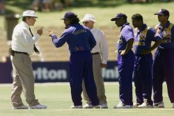 Most Controversial Cricket Match Of History Sri Lanka Vs Australia When Umpire And Players Fought
