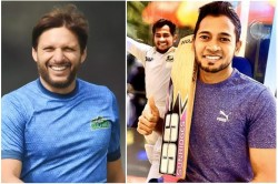 Shahid Afridi Buys Mushfiqur Rahim S Bat For Huge Amount For His Foundation