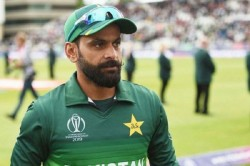 Mohammad Hafeez Took Dig On Nzc Ecb After Canceling Pakistan Tours Says England Was On Red Alert
