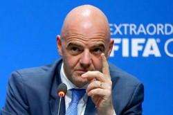 Fifa President Gianni Infantino Said Bundesliga Players Floyd Tributes Deserve Applause Not Punishme
