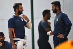 When Wasim Jaffer Helps Cheteshwer Pujara To Talk Media For Handling During Cricket