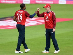 England Vs Pakistan Eoin Morgan Dawid Malan 50 Lead England To 5 Wicket Victory In Manchester