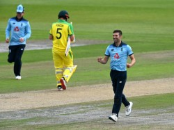 England Vs Australia 1st Odi Steve Smith Ruled Out From First Due To Facehit By Ball During Practice