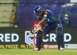 Ipl 2020 Rohit Sharma Played 80 Runs Innings But Hardik Pandya Grabs Attention