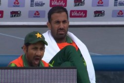 England Vs Pakistan Sarfaraz Ahmed Becomes First Cricketer To Yawn In All Formats And Get Trolled