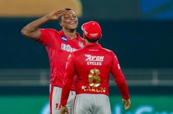 Ipl 2020 Sheldon Cottrell Gave 52 Runs In 3 Overs Sets Embarrassing Record