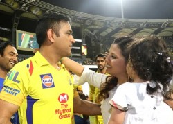 Sakshi Dhoni Reveals Who Can Make Ms Dhoni Lost His Calmness And Make Him Upset By Provoke