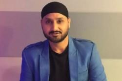 Harbhajan Singh Said Kohli Is Not Far Away From Lifting Icc Trophy