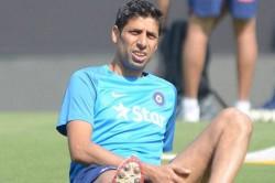 Ashish Nehra Picks His Best Ipl Xi Dismisses Dhoni
