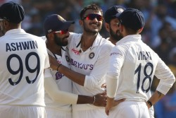 India Vs England Axar Patel Joins Elite List Of Best Spinner Of Day Night Test Matches Breaks Record
