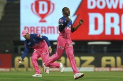 Jofra Archer Is Operated For Glass Removal From His Finger It Is Decided Soon For His Ipl Availabi