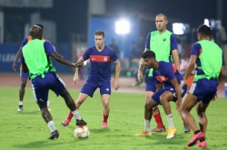 Isl 7 Competition Between Atkmb And Highlanders To Get Final Ticket